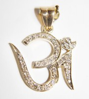Religious Diamond Necklaces 0.20 ct 18k solid gold om Pendant Natural Certified