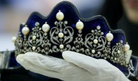 Princess Tiara And Crown Natural Certified Diamond Pearl 8.5 Ct Sterling Silver Bridal Hair Accessories