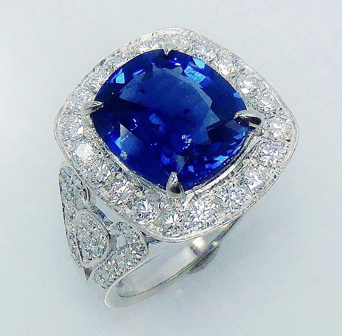 certified vintage cocktail gold ring sapphire natural diamond blue p solid