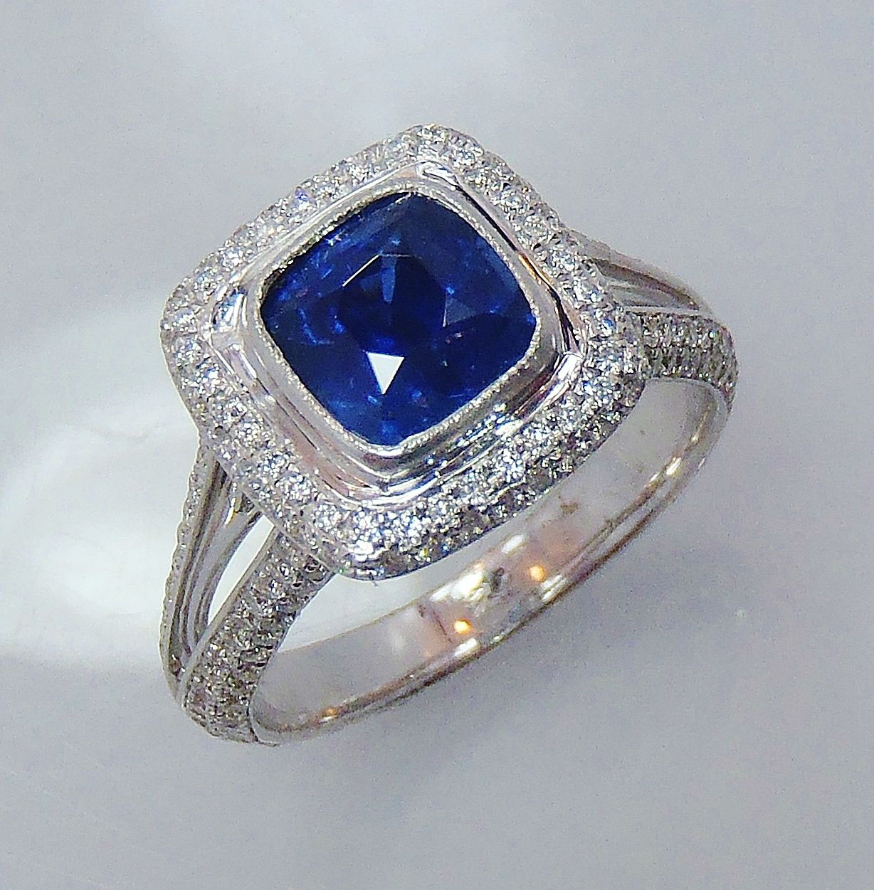 Diamond Cluster Cocktail Ring 1.75Ct Blue Sapphire 3.80Ct White Gold Natural Certified