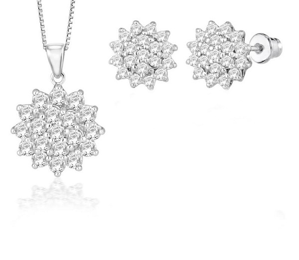 Latest Diamond Pendant Sets 0.5 Ct Solid Gold Natural Certified
