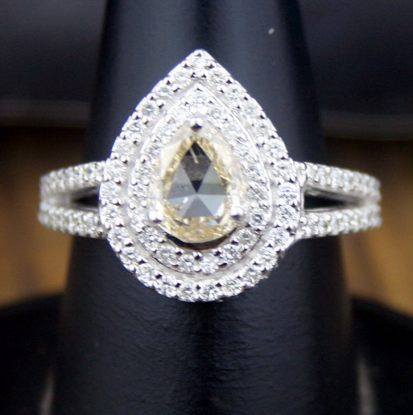 1.61 Ct (Cen 0.99ct ) Pear Cut Natural Diamond Gold Wedding Ring