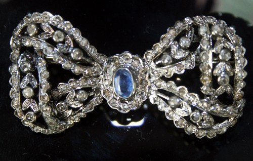Diamond Brooch 2.00 ct B.Sapphire Sterling Silver Reproduction Vintage jewelry Natural Certified