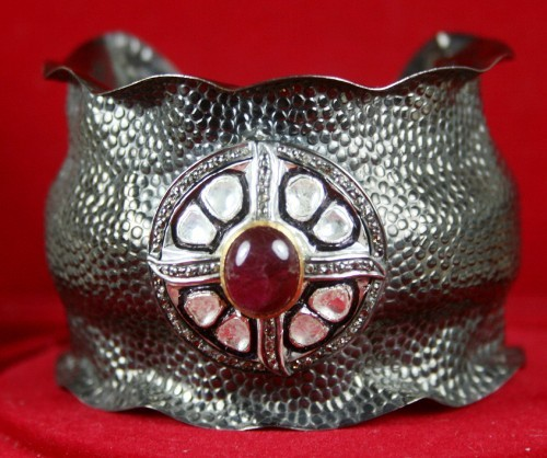 1.32 Ct Uncut Natural Diamond Ruby Cuff Bracelet