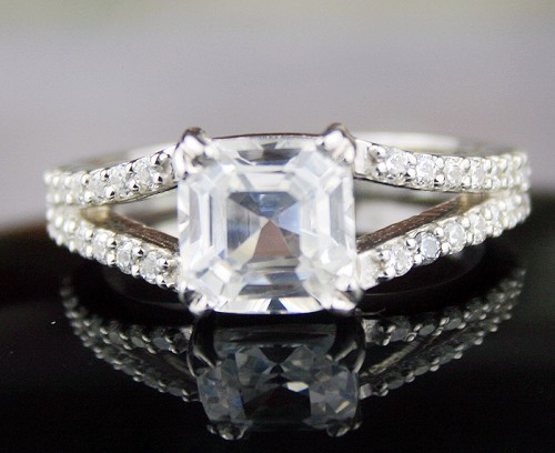 Wedding Diamond Rings 4.66 Ct Cushion Shape Diamond Sterling Silver Solitaire Engagement