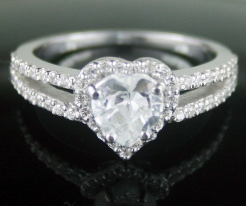 Unique Diamond Ring 2.92 Ct White Heart Shape Diamond Sterling Silver Wedding Solitaire