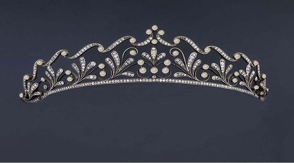 Tiaras And Crowns Natural Certified Diamond Pearl 7.50 Ct 14k Solid Gold Queen Crown