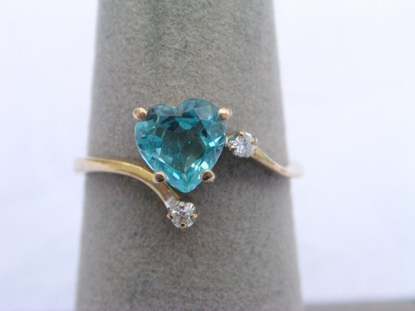 0.15 Ct Real Diamond B.Topaz 14K Solid Yellow Gold Heart Ring