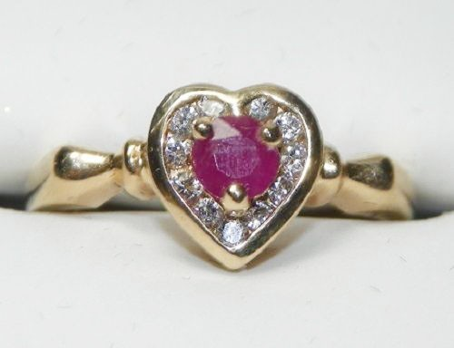 0.25 Ct Real Diamond 0.50 Ct Ruby 14K Yellow Gold Heart Ring