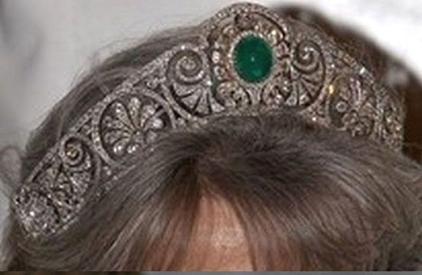 Princess Tiaras And Crowns 15.7 Ct Natural Certified Diamond Emerald Sterling Silver Headband