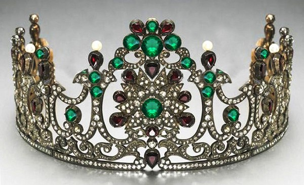 Diamond Crown Natural Certified Diamond Emerald , Garnet 17.8 Ct Sterling Silver Bridal Hair Accessories