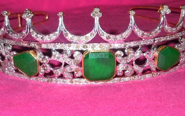 Bridal Hair Accessories 12.60 Ct Certified Diamond Emerald Sterling Silver Queen Crown