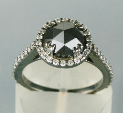 Black Diamond Rings 2.91 Carat Solitaire Diamond Round Shape Solid Gold