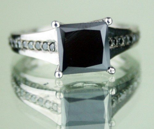 Cheap Black Diamond 1.80 Carat Solitaire Diamond Ring Princess Cut Solid Gold