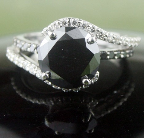 Black Stone 3.98 Carat Solitaire Diamond Ring wz Accent Solid Gold