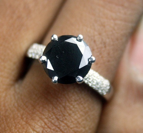 Black Diamond Rings 3.02 Carat Solitaire Diamond For Anniversary Gift Solid Gold