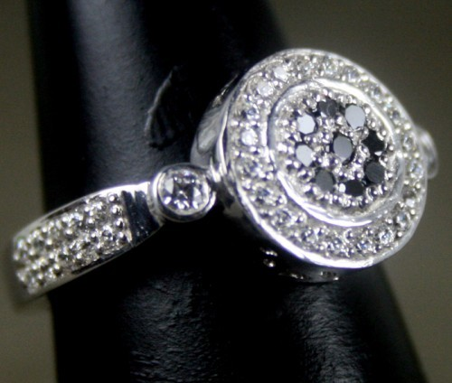 Black diamonds Ring 1.03 Ct Black & White Diamond Round Shape Sterling Silver Solitaire