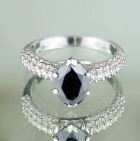 Black diamond Wedding Rings 2.82 Ct Black & White Diamond Oval Shape Sterling Silver Solitaire