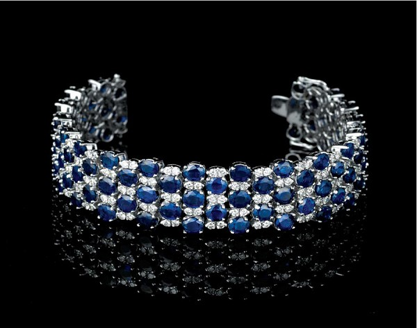 Bracelets for Women 5.00 Ct Diamond 28.50 Ct Blue Sapphire Solid Gold Natural Certified