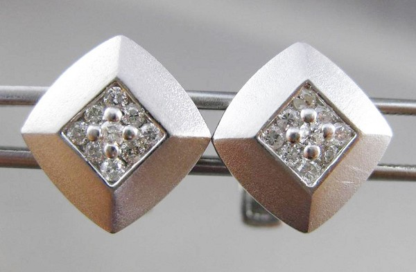 0.40 Ct Untreated Diamond Solid Gold Men'S Certified Cufflinks