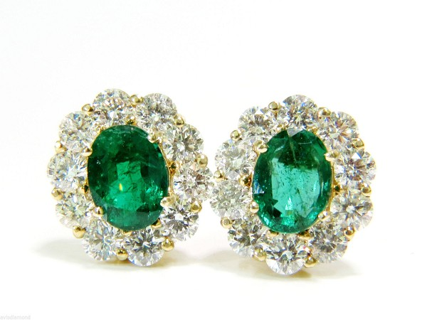 handmade Gemstone Earrings 1.25 Ct Diamond 2.50 Ct Emerald Natural Certified Solid Gold
