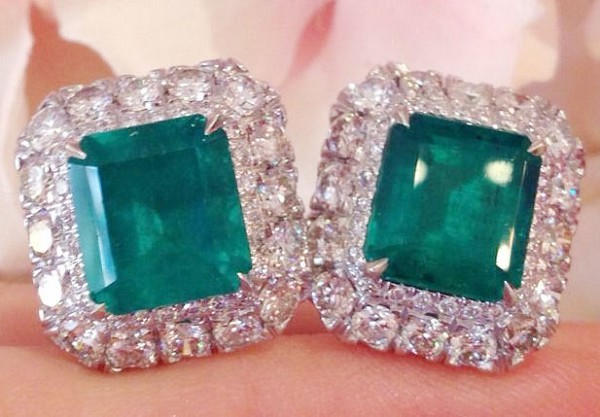 Gemstone Earrings Studs 0.75 Ct Diamond 3.15 Ct Emerald Natural Certified Solid Gold