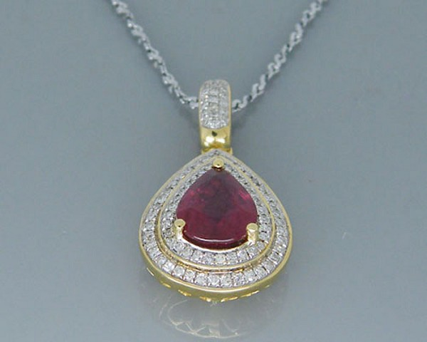 Gold Pendant 0.4 Ct Round Shape Diamond Natural Certified