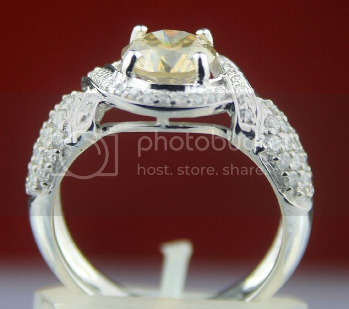 Fancy Colored Diamond Ring 2.22Ct Center 1.48Ct Round Cut Solid Gold Natural Certified