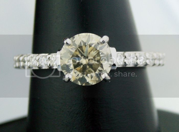 Fancy Diamonds 1.57Ct Center 1.09Ct Round Cut White Gold Ring Natural Certified